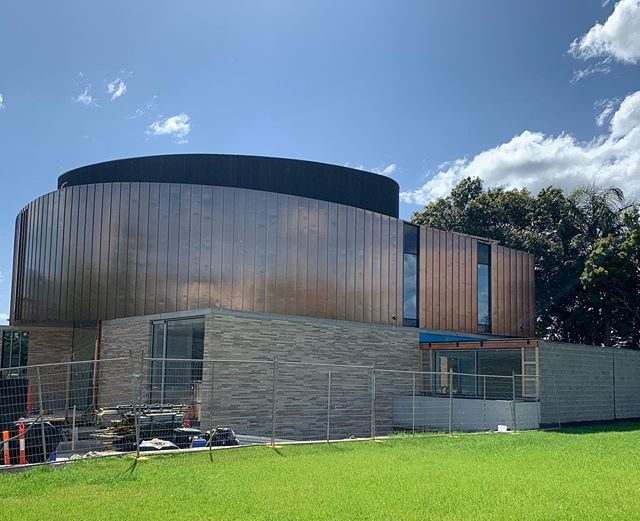71113756 1637853216351987 1172899996543724436 n e1572233215111 - Copper Standing Seam Metal Cladding hits a new level!