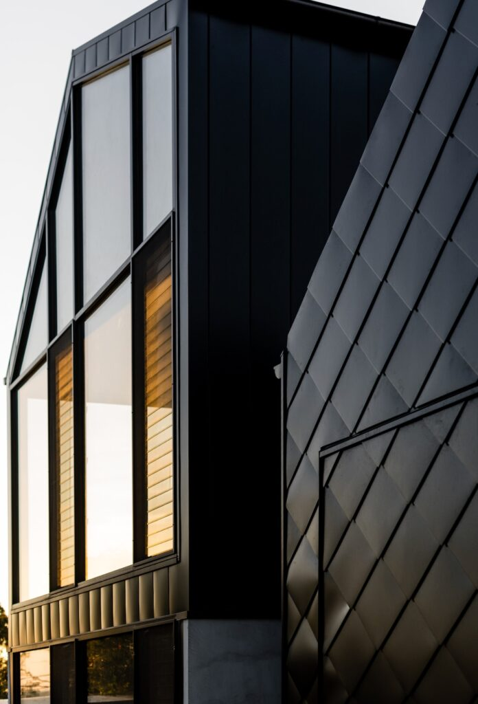 ", ""The Black Swell"" – Shingle Metal Cladding Is Used To Make A Strong Design Statement In Ocean Grove"